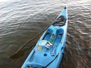 simple kayak modifications. deck bungee rigging, paddle leash, bow line, fishing rod holder
