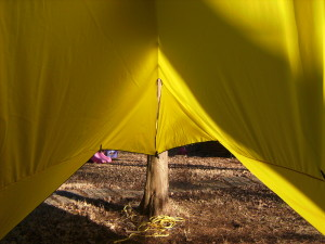 How to make an easy DIY camping hammock tarp: MYOG 13