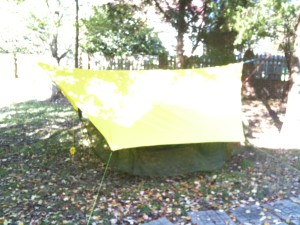 How to make an easy DIY camping hammock tarp: MYOG 7