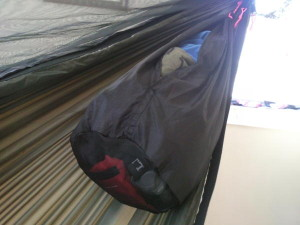 DIY self closing hammock peak bag MYOG