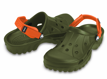 Crocs offroad clogs at Disney, crocs offroad clogs at amusement park