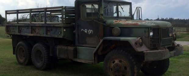 The Deuce Utility Vehicle (D.U.V.) Project – Custom M35A2 Deuce and a Half 6×6 Cargo Truck Introducing the Deuce Utility Vehicle (D.U.V.) Project. If you thought the Project Humvee Battlewagon […]